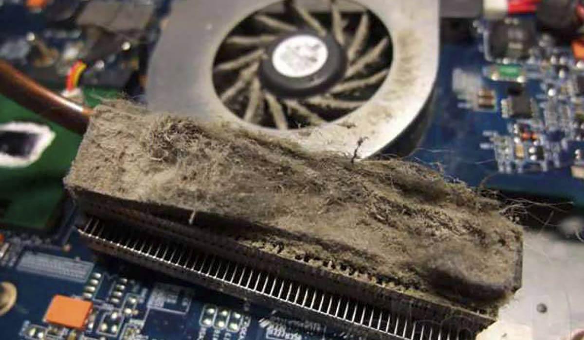 В радиаторе скапливается пыль