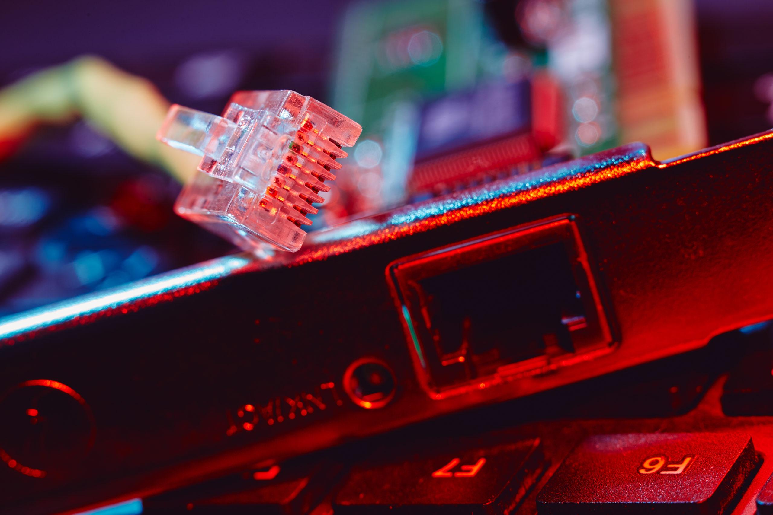 Проблема - нестабильное подключение или ограниченный радиус действия Wi-Fi