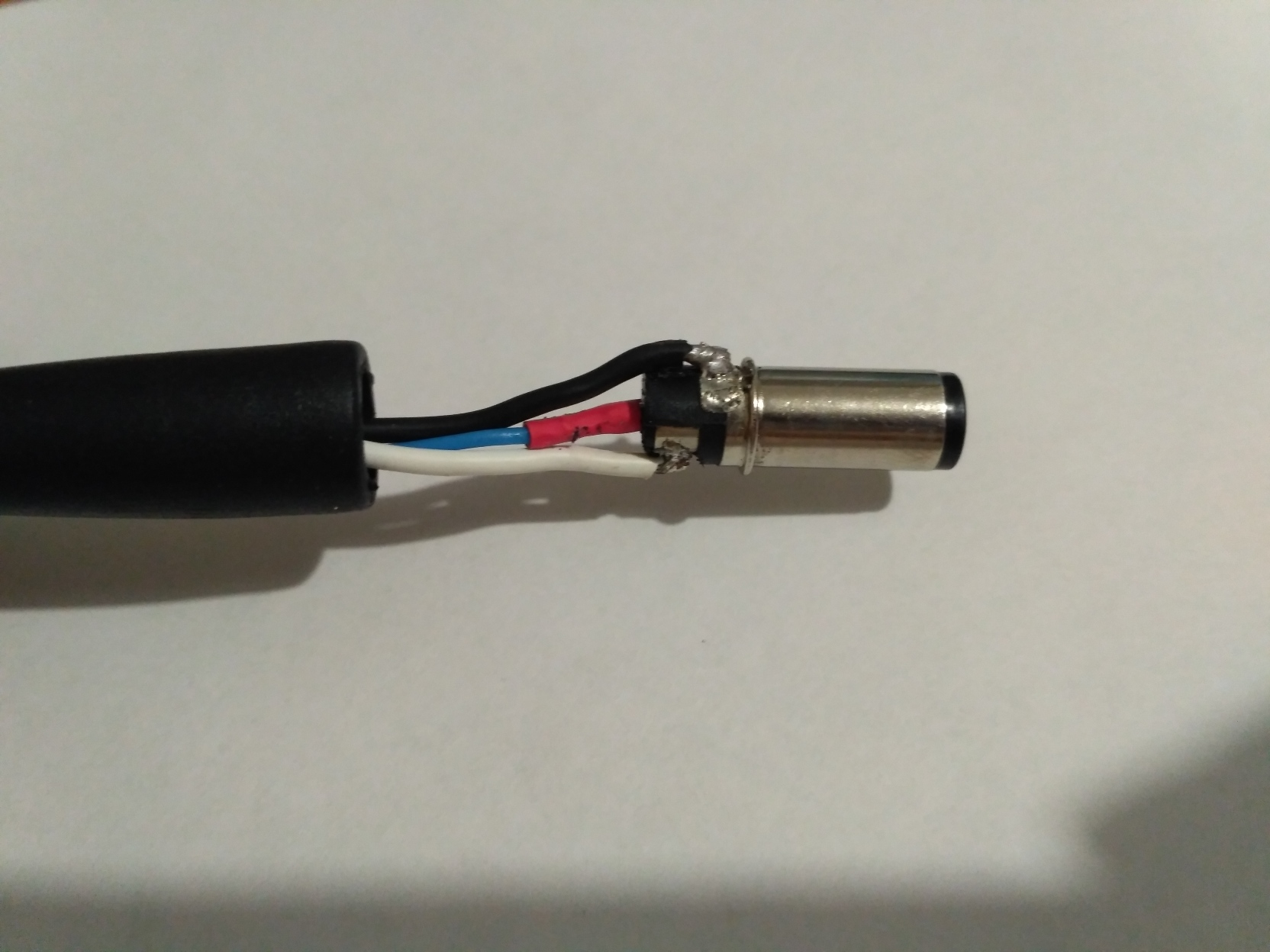 фото Замена штекера или ремонт поврежденных проводов