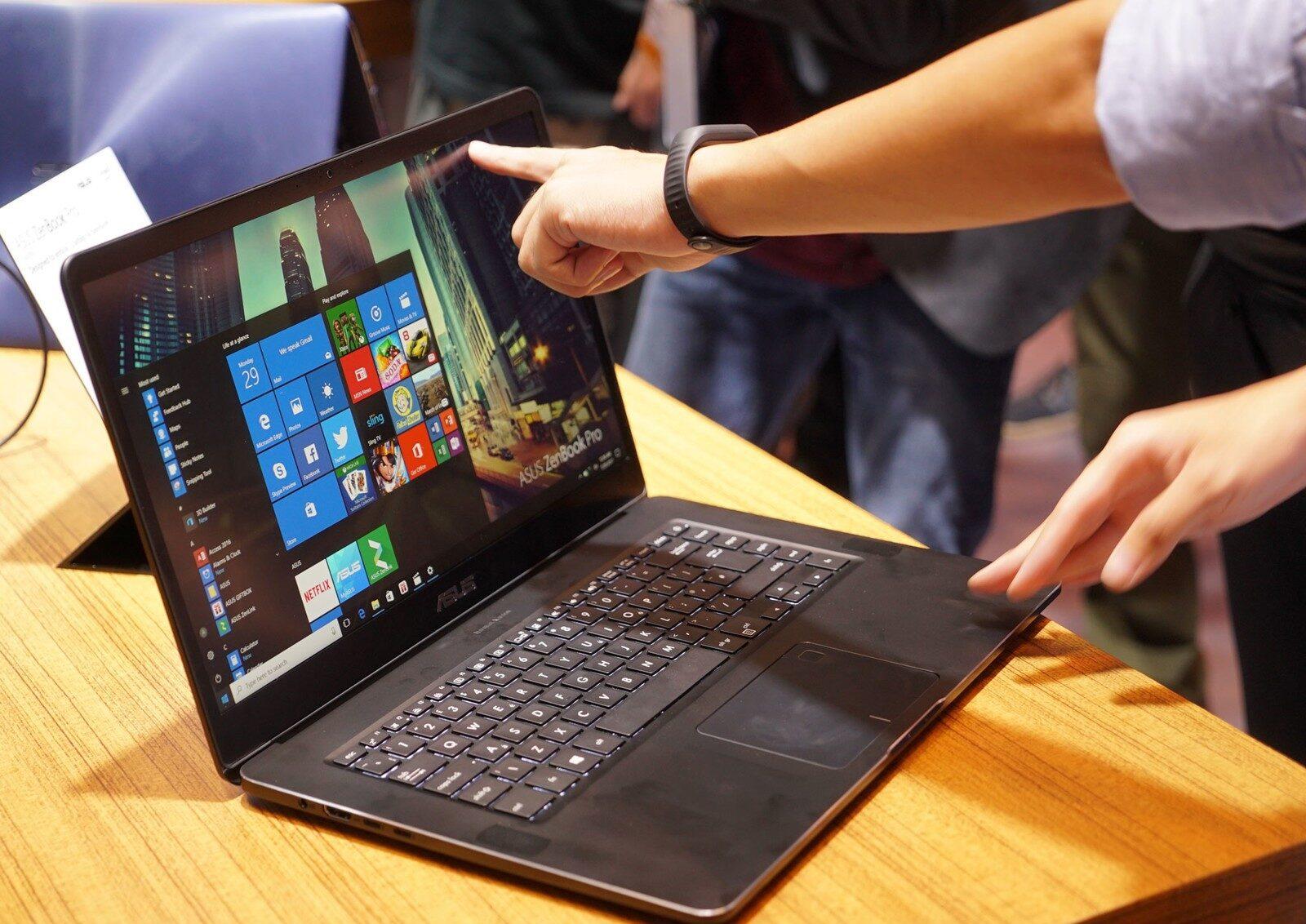 Фото ноутбука для работы