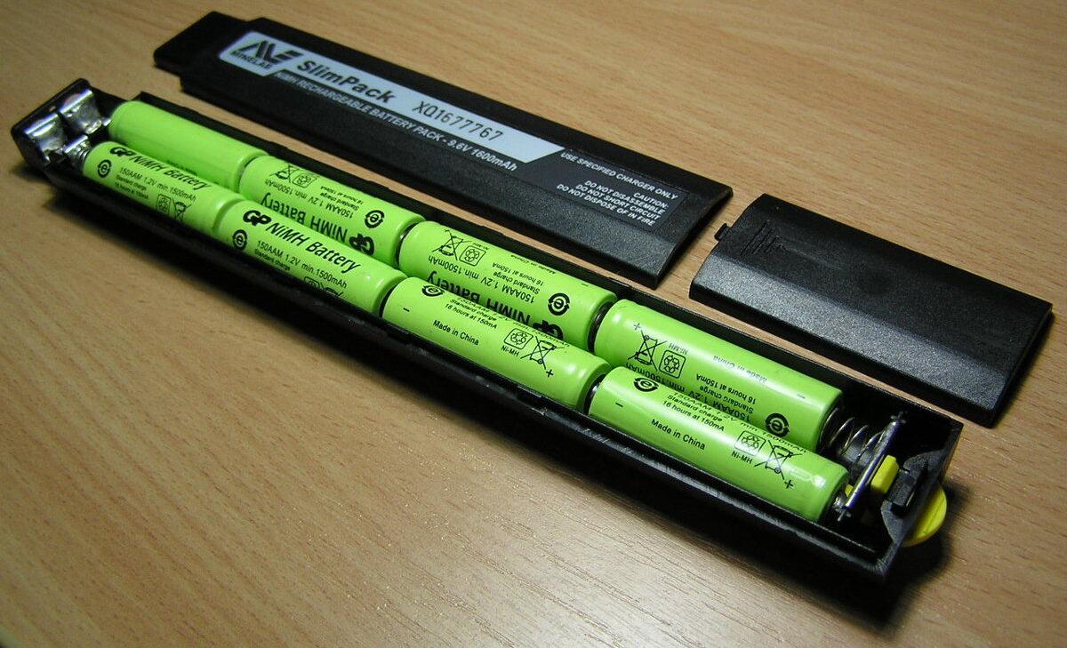 Фото батареи в разборе