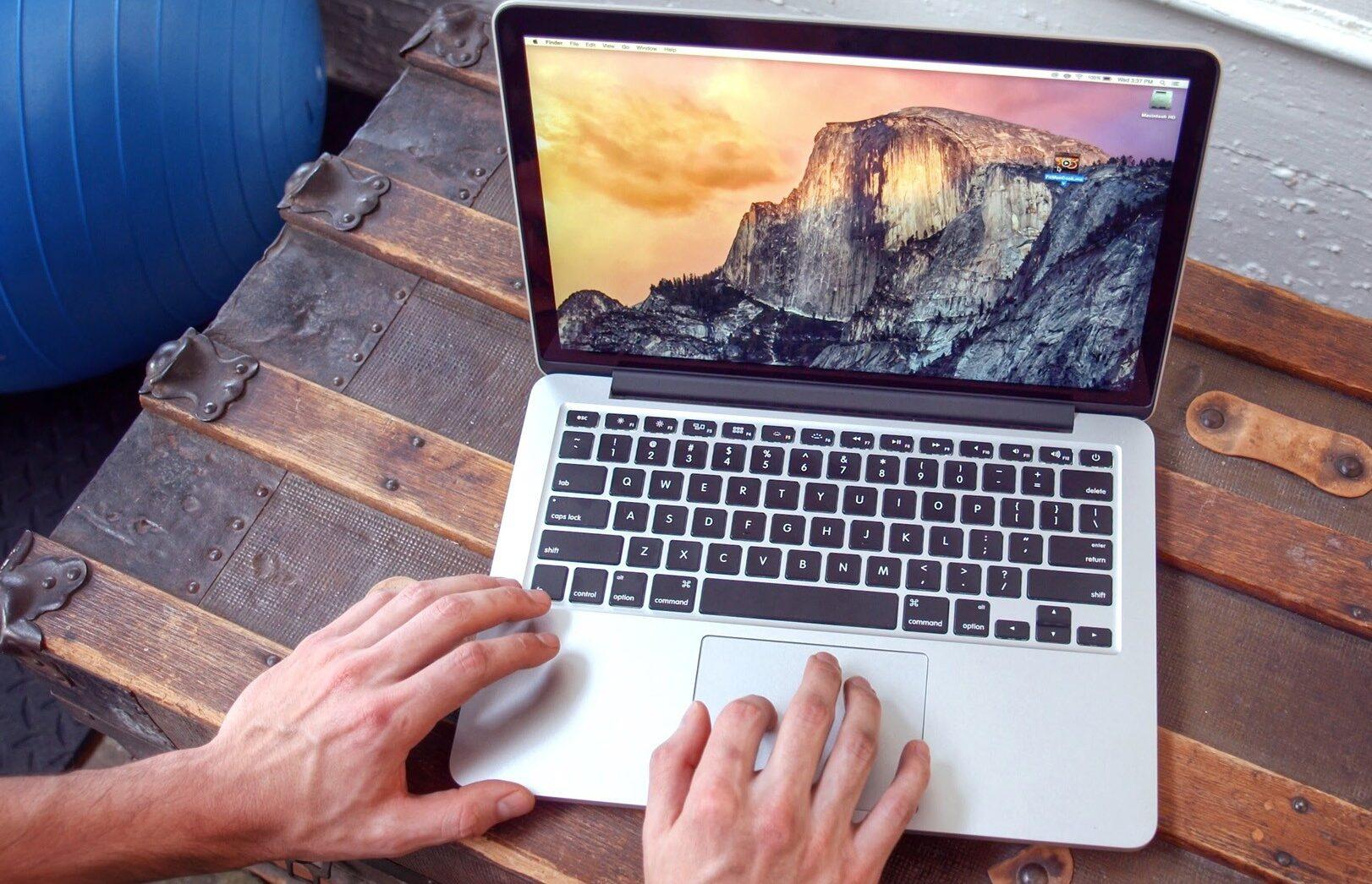 Фото MacBook PRO 13